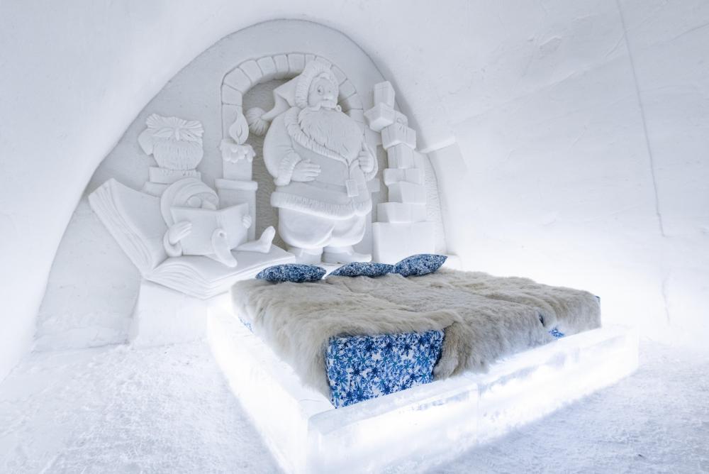 snowcastle santa room.jpg